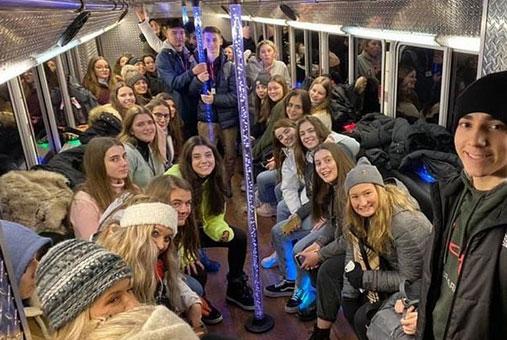 Fiesta de navidad para estudiantes de intercambio en Estados Unidos