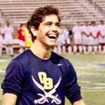 Jaime, estudiante de bachillerato en USA, consigue una beca deportiva