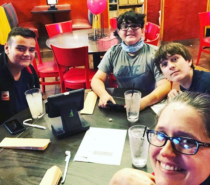 Pablo, primeros días en familia en Oregón.