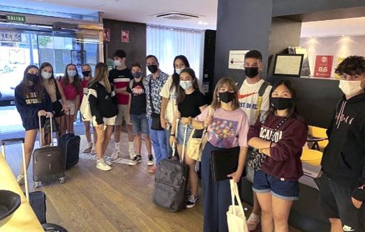LLegada de estudiantes de Barcelona a Madrid
