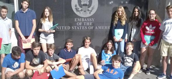 Entrevistas en la embajada americana